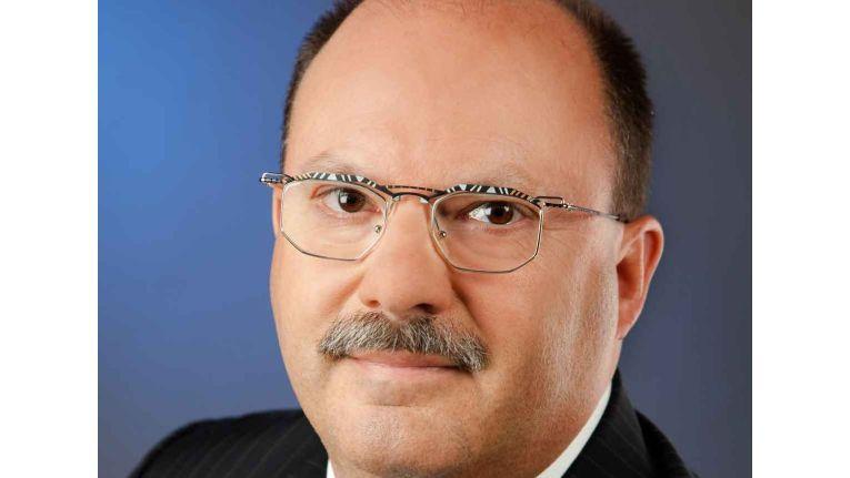 Walter Fink, Head of IT Hyundai Motor Deutschland, hat für den Hyundai Fan Park die Bechtle Lösung BSC gewählt.