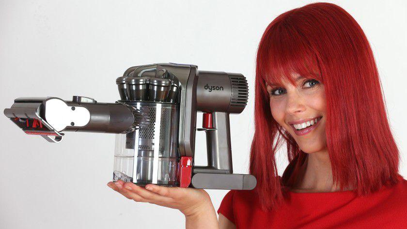 Miss IFA präsentiert zur Internationalen Funkausstellung in Berlin die neusten CE-Produkte.