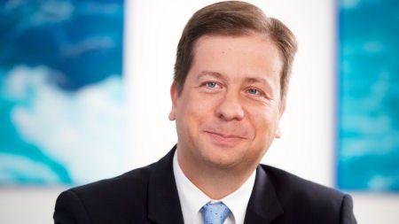Luka Mucic, Finanzchef von SAP, kündigte an, im zweiten Halbjahr 2017 eigene Aktien im Wert von 500 Millionen euro zurückkaufen zu wollen.