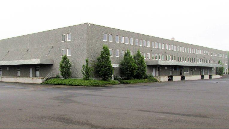 Genügend Platz ist im ehemaligen Schlecker-Depot und neuen Wave-Lager in der Nähe von Linden vorhanden, um die Netzwerkprodukte von Tenda zu distributieren.