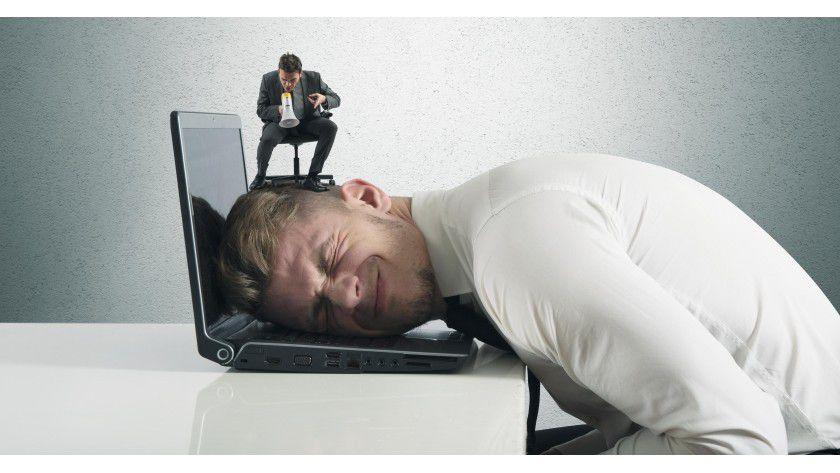 Viele Büromenschen haben bei allem was sie tun das Gefühl, enorm unter Druck zu stehen.