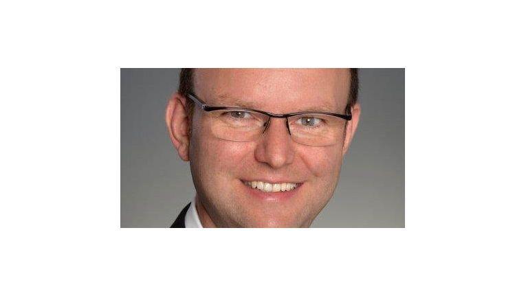 """Roger Dost, Geschäftsführer von ISEC7: """"as virtualisierte Rechenzentrum aus der Cloud ergänzt unsere eigenen Rechenzentren, ohne dass wir in teure Hardware investieren müssen."""""""