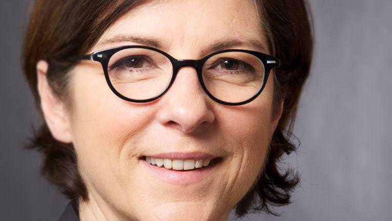 Barbara Eisenberg, Business Unit Manager für IBM Software, leitet das neue Avnet Competence Center für Information Management / Business Analytics bei Avnet.