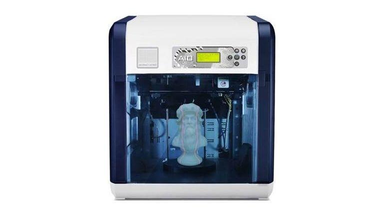 Der Da Vinci 1.0 AiO ist ein 3D-Scanner und 3D-Drucker in einem Gehäuse. Mit zum Lieferumfang gehört XYZWare, eine Software zur Druckvorbereitung.