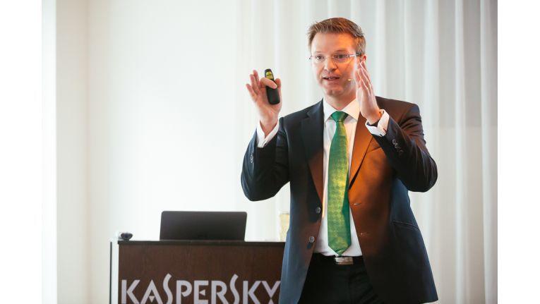 """Holger Suhl, General Manager DACH bei Kaspersky Lab: """"Auf unserem Kick-off haben wir nicht nur inhaltlich die Weichen für ein erfolgreiches Jahr 2015 gestellt, sondern sind mit unseren Partnern noch enger zusammengewachsen!"""""""