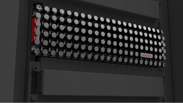 SanDisk Speichersystem InfiniFlas - ein halbes Petabyte Flashspeicher in einem 3-HE-Rack.