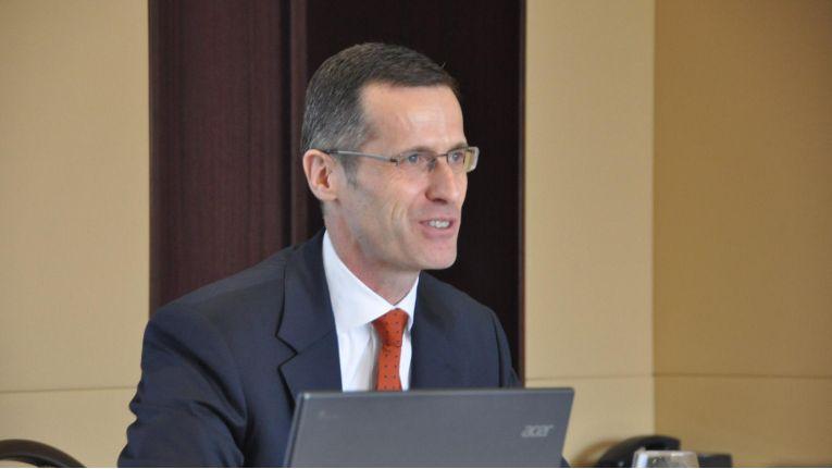 """Dr. Thomas Olemotz, Vorstandsvorsitzender der Bechtle AG: """"Wir sehen einem weiteren erfolgreichen Geschäftsjahr zuversichtlich entgegen."""""""