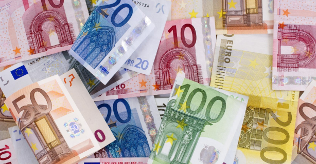 Mageres Gehaltsplus: Was IT-Führungskräfte 2015 verdienen - Foto: grafikplusfoto - Fotolia.com
