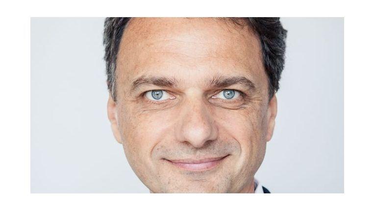 """Dr. Joachim Philippi, Executive Director bei der Seven Principles AG: """"Eine mobile Vertriebslösung ist nicht nur der Ersatz des Bestellblocks durch ein iPad, sondern kann die gesamte Prozesskette zwischen Vertriebsinnen- und -außendienst verändern."""""""