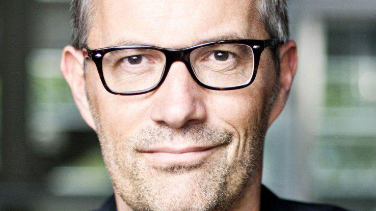 """Werbeprofi Gerriet Danz überträgt in seinem Buch """"Neu präsentieren"""" die Prinzipien für gute Werbung auf Präsentationen."""
