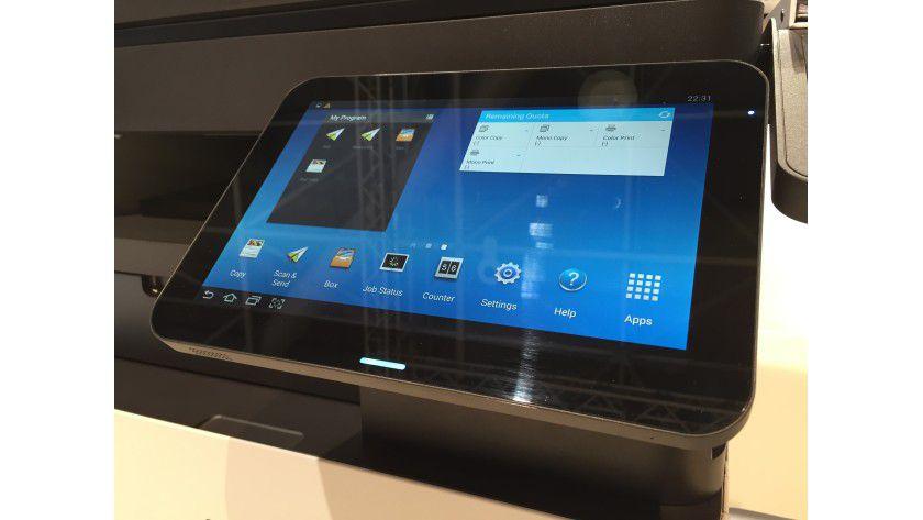 Tablet-Bedienung: Der MX7 lässt sich über einen 10,1-Zoll-Touchscreen mit Android steuern.