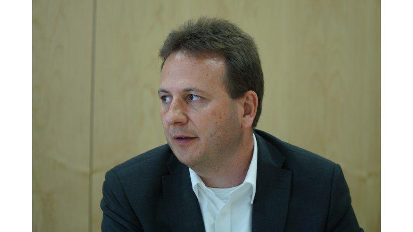 """Armin Leinfelder, baramundi software: """"Die IT-Admins werden von der Vielfalt der neuen Mobilgeräte im Zuge der Consumerization geradezu überrollt."""""""
