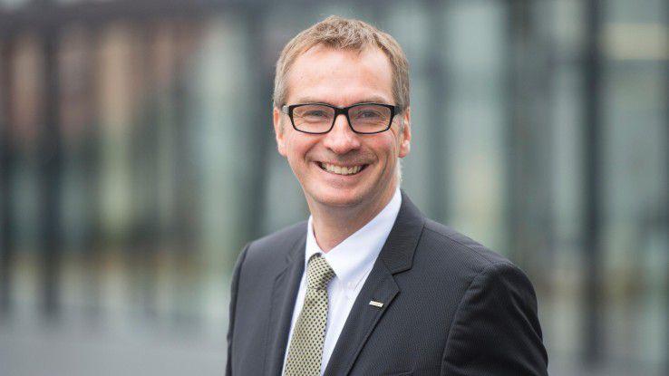 Matthias Mehrtens, Vice President Information Systems bei Kärcher, spricht im Webcast über seine Entscheidung für die Public Cloud.
