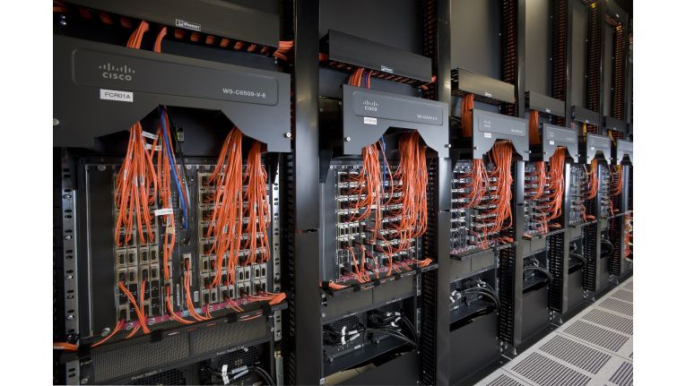 Mit einem Investitionsvolumen von mehr als 1,2 Milliarden Dollar will IBM nun bis Ende 2015 weltweit 40 Data Centers einrichten.