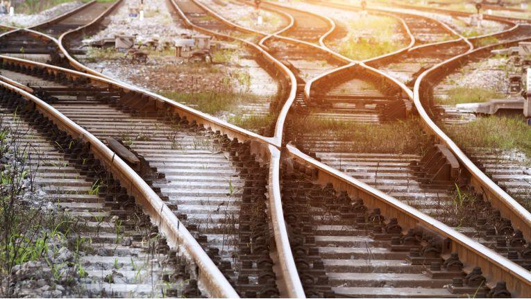 Wenn in einer Firma ein Wandel durchgeführt wird, werden in vielen Bereichen des Unternehmens die Weichen neu gestellt.