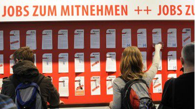 CeBIT 2015: Jede Menge Jobs im Karrierezentrum der COMPUTERWOCHE - Foto: CeBIT - Deutsche Messe AG
