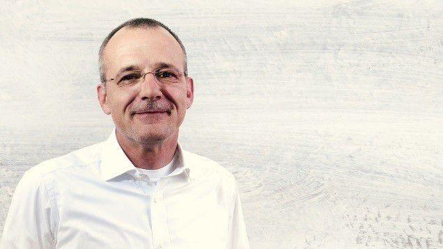 """Michael May, Gründer und Vorstand Syngenio: """"Dienstleistungen werden von Menschen für Menschen erbracht. Je kompetenter und motivierter diese sind, umso wahrscheinlicher ist der Erfolg."""""""