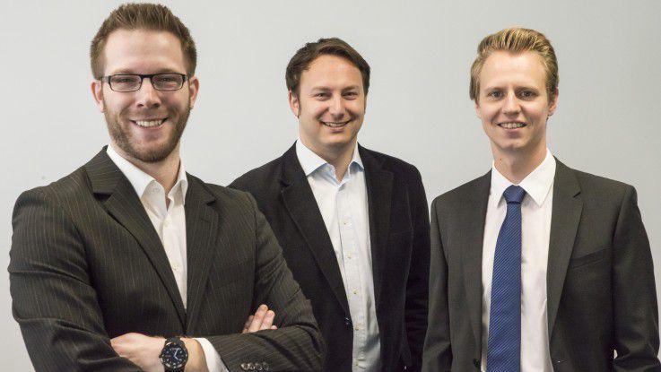 Felix Föcker, Philipp Schmidt und Christian Reinartz (v.l.n.r.), paluno-Mitarbeiter im Projekt LoFIP, treiben den Logistik-Leitstand der Zukunft voran.