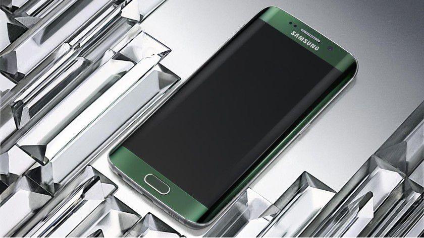 Schön, aber gefährlich: Sicherheitsforscher von Googles Project Zero spürten beim Samsung Galaxy S6 Edge insgesamt elf Sicherheitlücken auf