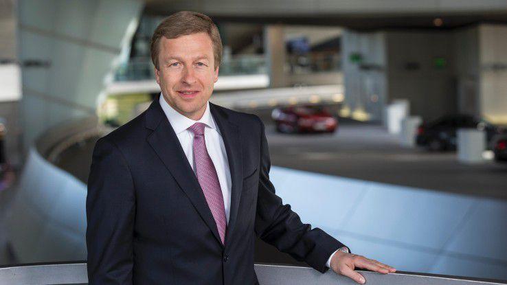 Oliver Zipse, Vorstandsmitglied der BMW AG, schließt nicht aus, dass BMW in der Zukunft ein Fahrzeug für IT-Riesen wie Apple oder Google baut.