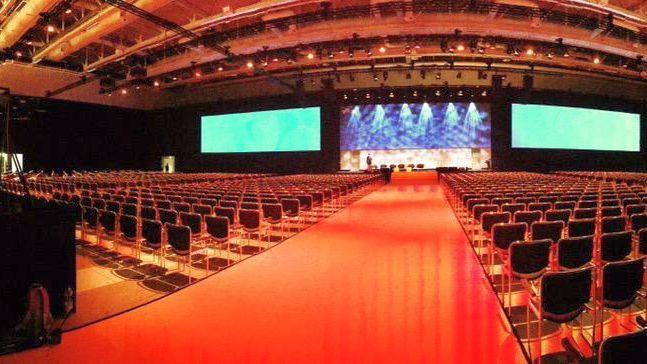 Die Ruhe vor dem Sturm - bevor über 2.000 Besucher das Auditorium im CityCube in Berlin betraten.