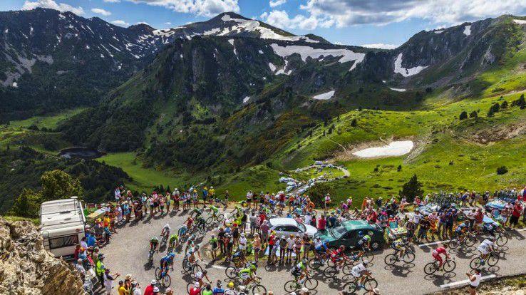 Bei der Tour de France wird 2015 erstmals eine Big-Data-Analyse durchgeführt - und zwar live im Netz.