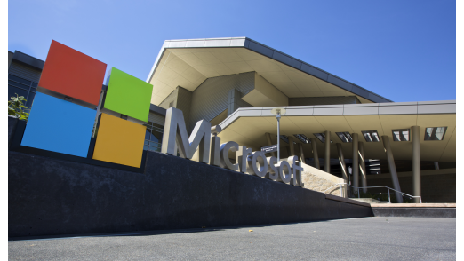 Surface Pro 4, Band 2, High-End-Lumias: Microsoft plant angeblich Hardware-Großankündigung - Foto: Stephen Brashear/Getty Images für Microsoft