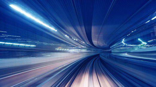 """Die eine schnell, die andere langsam: Bei der bimodalen IT geht es um die """"IT der zwei Geschwindigkeiten""""."""