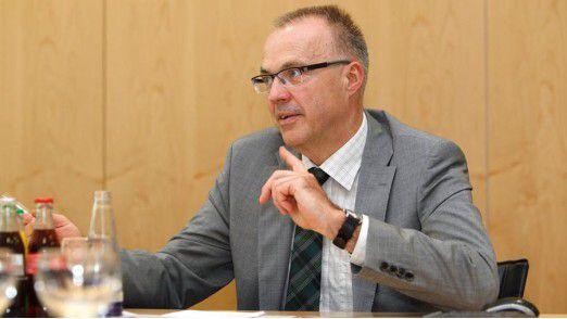 """Thomas Schott, CIO bei Rehau: """"Wir werden Office 2007 rund acht Jahre lang einsetzen und damit mehrere Millionen Euro sparen."""""""