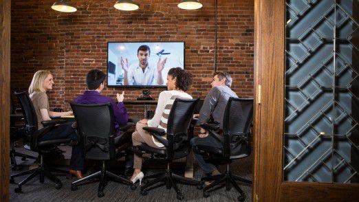 Beim international agierenden Baukonzern Bauer ist man zwar überzeugt, dass persönlicher Kontakt durch nichts zu ersetzen ist. Videokonferenzen betrachtet man aber als sinnvolle Ergänzung.
