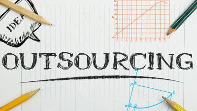 Studie IT-Sourcing 2015 in Deutschland: Sourcing-Berater treiben IT-Standardisierung voran - Foto: Manczurov_shutterstock.com