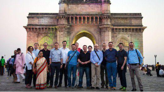 Der erste Seminartag endete mit einem Spaziergang durch Mumbai, der die Teilnehmer auch am Gateway of India vorbeiführte.