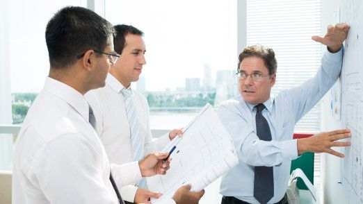 Für den CIO heißt es, sich weitere Experten an Bord zu holen, die das know how zur Digitalen Transformation abdecken.