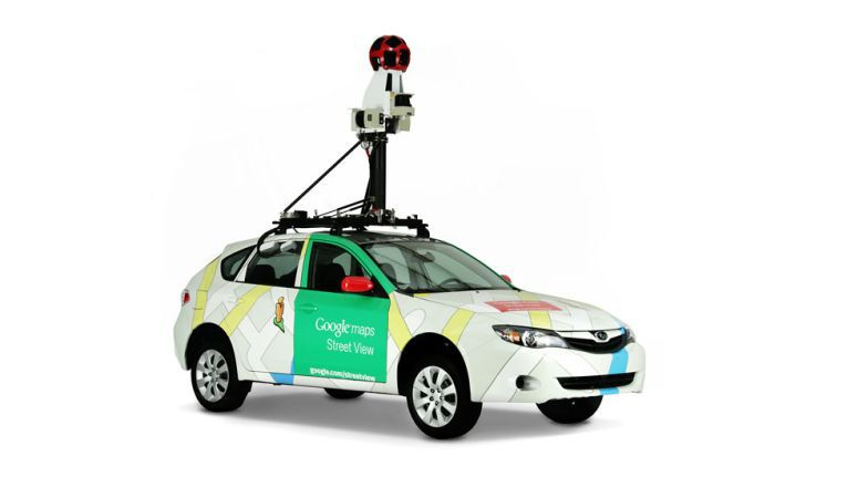 Street View-Auto: Seit der Einführung von Street View in den USA 2007 hat sich viel getan. Mittlerweile gibt es die 360-Grad-Panorama-Ansichten von Standorte auf allen Kontinenten.