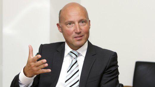 """""""Speed! Als wir im Auslandsmodul durch China gereist sind, ist mir noch mal deutlich geworden, wie wichtig Geschwindigkeit ist"""", sagt CEO Rainer Götttmann von Metafinanz."""