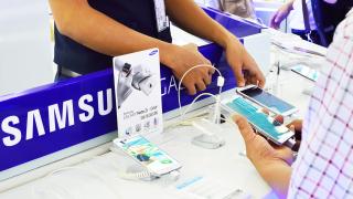 iOS: Samsung bringt mehr Apps auf iPhone und iPad - Foto: Tanjala Gica - shutterstock.com
