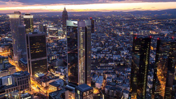 In Frankfurt verdienen IT-Führungskräfte am besten, und zwar 22 Prozent mehr als im Bundesdurchschnitt.