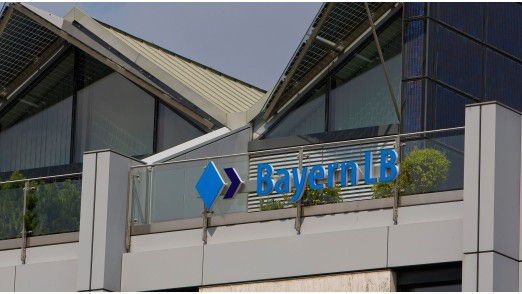 FI-TS verantwortet bei der BayernLB den vollständigen Infrastrukturbetrieb vom Mainframe bis zum Arbeitsplatz, den Bereich DB/Middleware sowie den technischen Applikationsbetrieb.