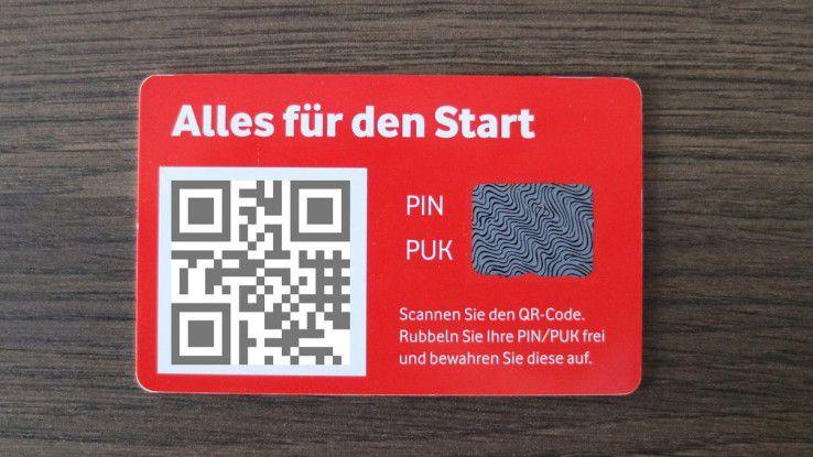 Die Vodafone-eSIM kommt als Kärtchen mit einem Download-Code.