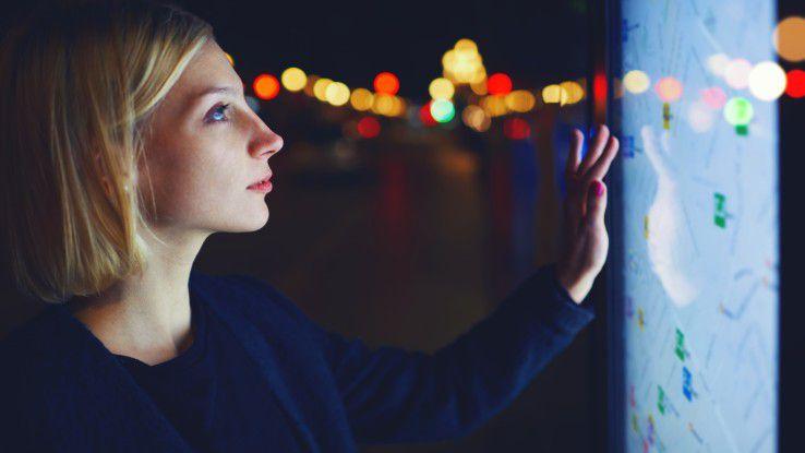 """Können Frauen den Fachkräftemangel in der IT lindern? Das war eine der Fragen, auf die die Studie """"Arbeiten in der IT 2016"""" Antworten sucht."""