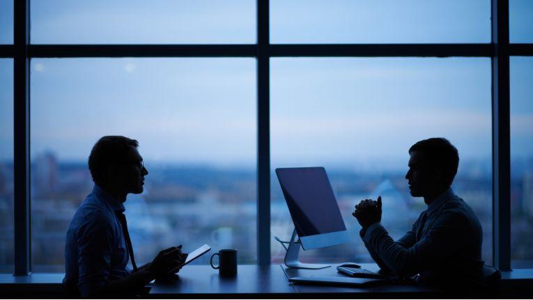 IT-Berater im Gespräch Kundengespräch.