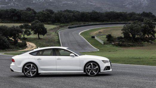 Audi verliert den Anschluss an die guten Absatzzahlen der ärgsten Konkurrenten BMW und Mercedes-Benz.