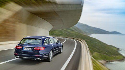 Plattform für den Kunden. Hier ein Mercedes-Benz E-Class T-Modell.