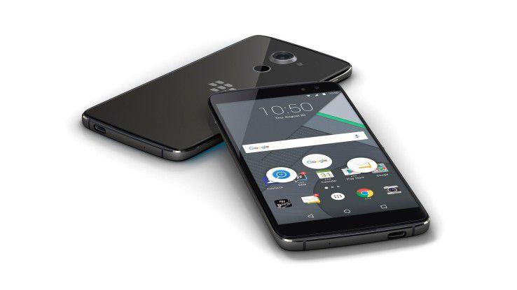 Mit dem DTEK60 legt sich Blackberry (zumindest theoretisch) mit iPhone 7 Plus und Google Pixel XL an.