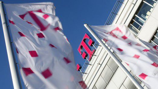Die Deutsche Telekom geht beim Thema Breitbandausbau auf ihre Wettbewerber zu.