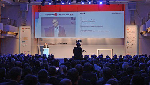 Referent Bernd Herrmann auf den Hamburger IT-Strategietagen.
