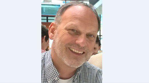 Professor Peter Lehmann (Hochschule der Medien) zufolge qualifizieren sich vor allem Bewerber aus dem Business zum Data Scientist weiter.
