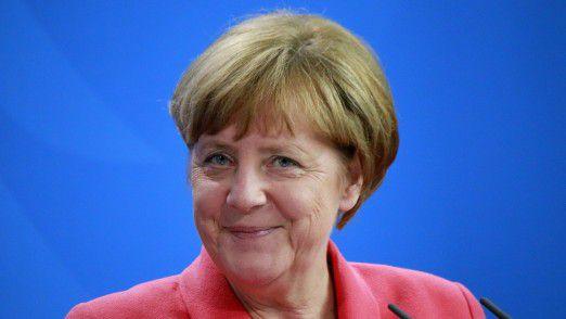 Zum Auftakt der CeBIT in Hannover hat Bundeskanzlerin Angela Merkel (CDU) den Umbruch aller möglichen Lebensbereiche durch die Digitalisierung betont.