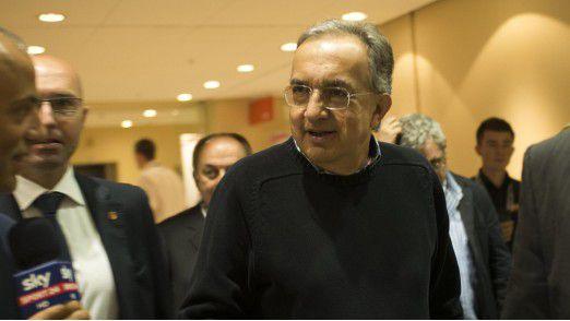 FCA-Chef Sergio Marchionne - ein Mann, der immer schwarze Pullover trägt - tritt 2019 ab.