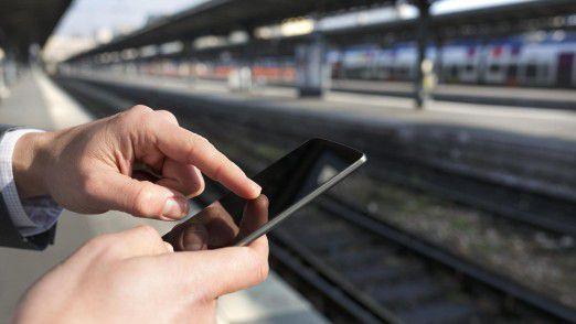 Siemens will künftig nicht nur Züge verkaufen, sondern auch mit Fahrplan-Apps für Bahnkunden punkten.